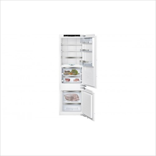 Siemens Refridgeration - iQ700 177 x 54cm LowFrost Fridge Freezer