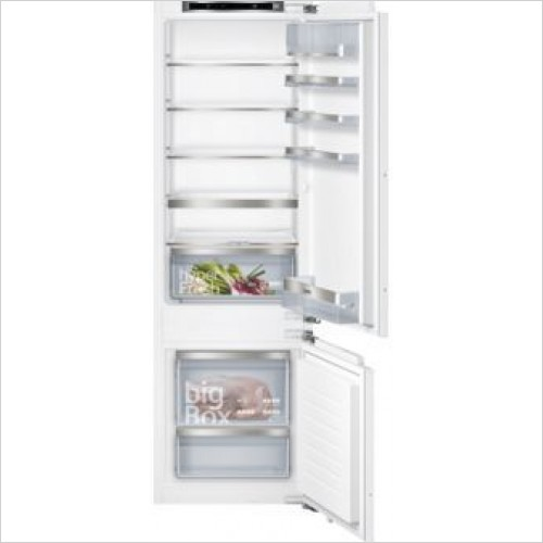 Siemens Refridgeration - iQ500 177 x 54cm LowFrost Fridge Freezer